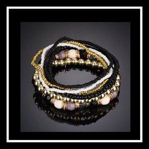 Jewelry - Beautiful 7pc bohemian beaded bracelet